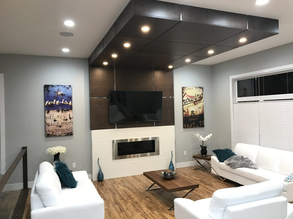 Nice automated lighting in a living room